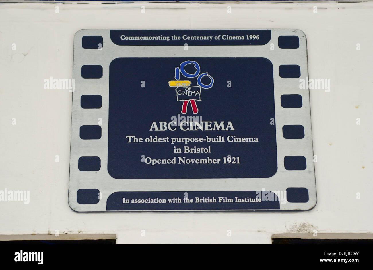 British Film Institute Gedenktafel an der English Heritage Grad II aufgeführten ABC Kino Whiteladies Straße Stockbild