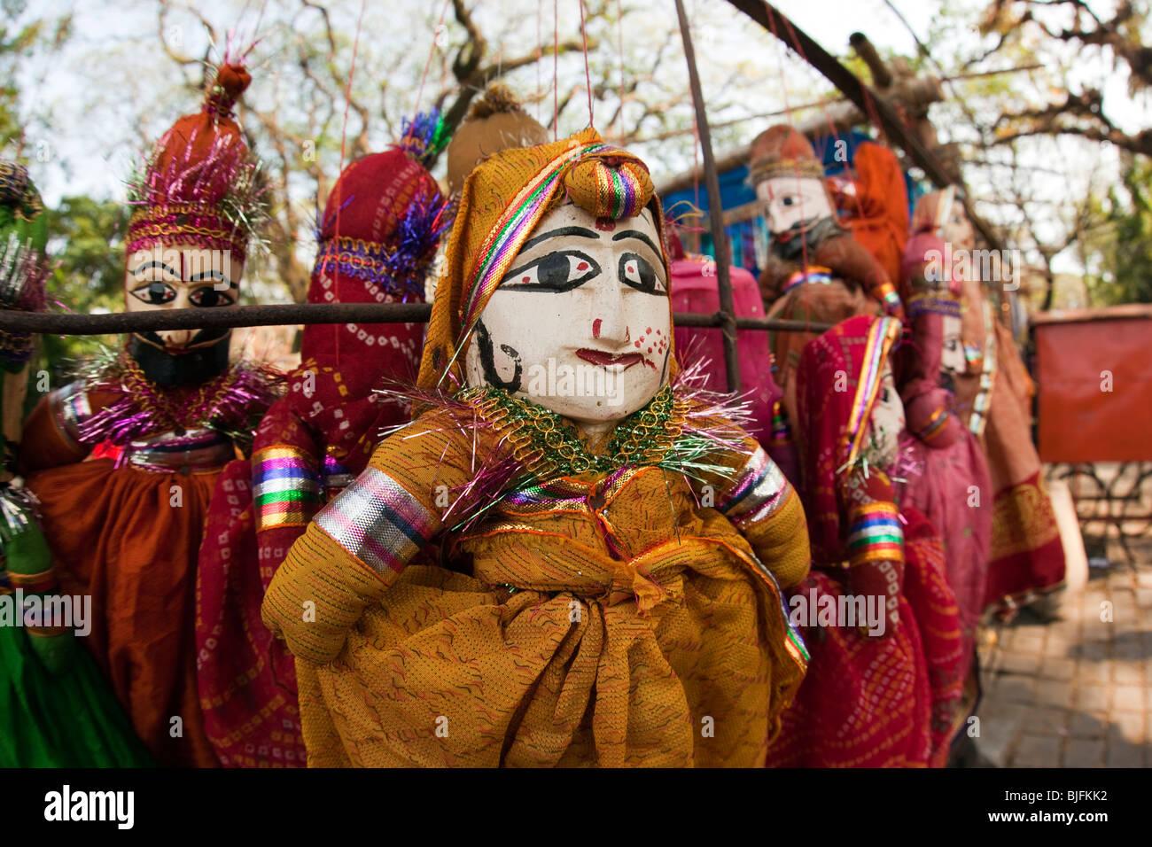 Indien, Kerala, Kochi, Fort Cochin, preiswerte Souvenir Puppen zum Verkauf Stockbild
