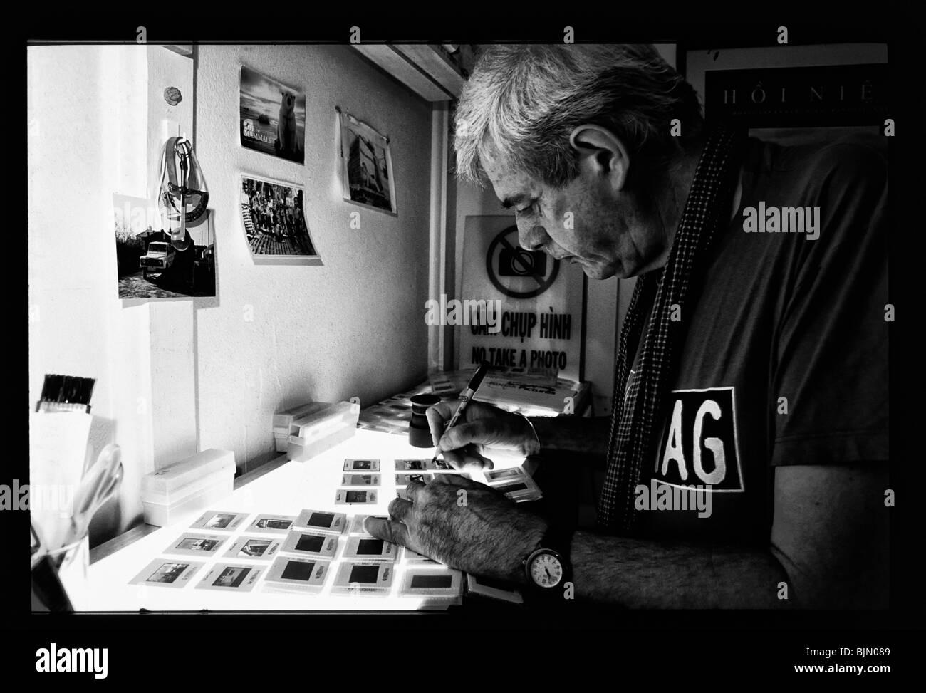 Konflikt-Fotograf Tim Page in seinem Haus in Brisbane, Australien Stockbild