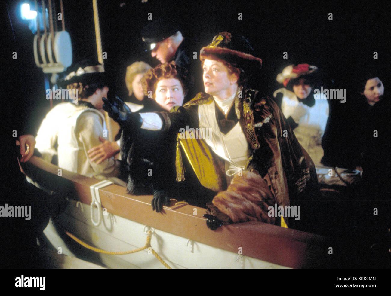TITANIC (1997) KATHY BATES, FRANCES FISHER TITI 014 Stockbild