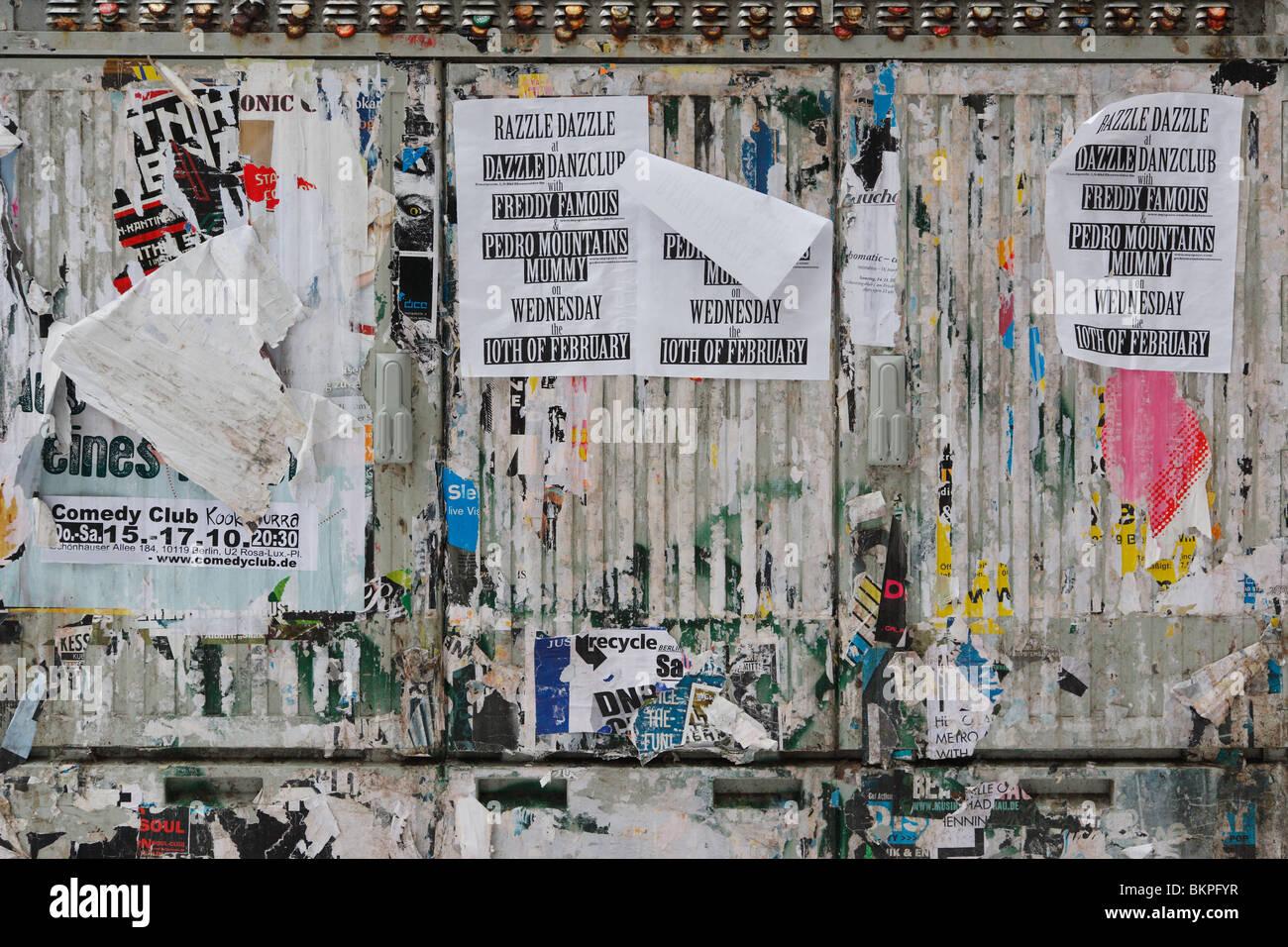 illegale Billboard Wand auf öffentlichen Raum im Prenzlauer Berg Stockbild