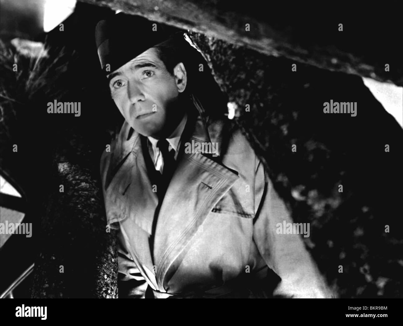 KONFLIKT (1945) HUMPHREY BOGART, CURTIS BERNHARDT (DIR) CFLT 005 Stockbild