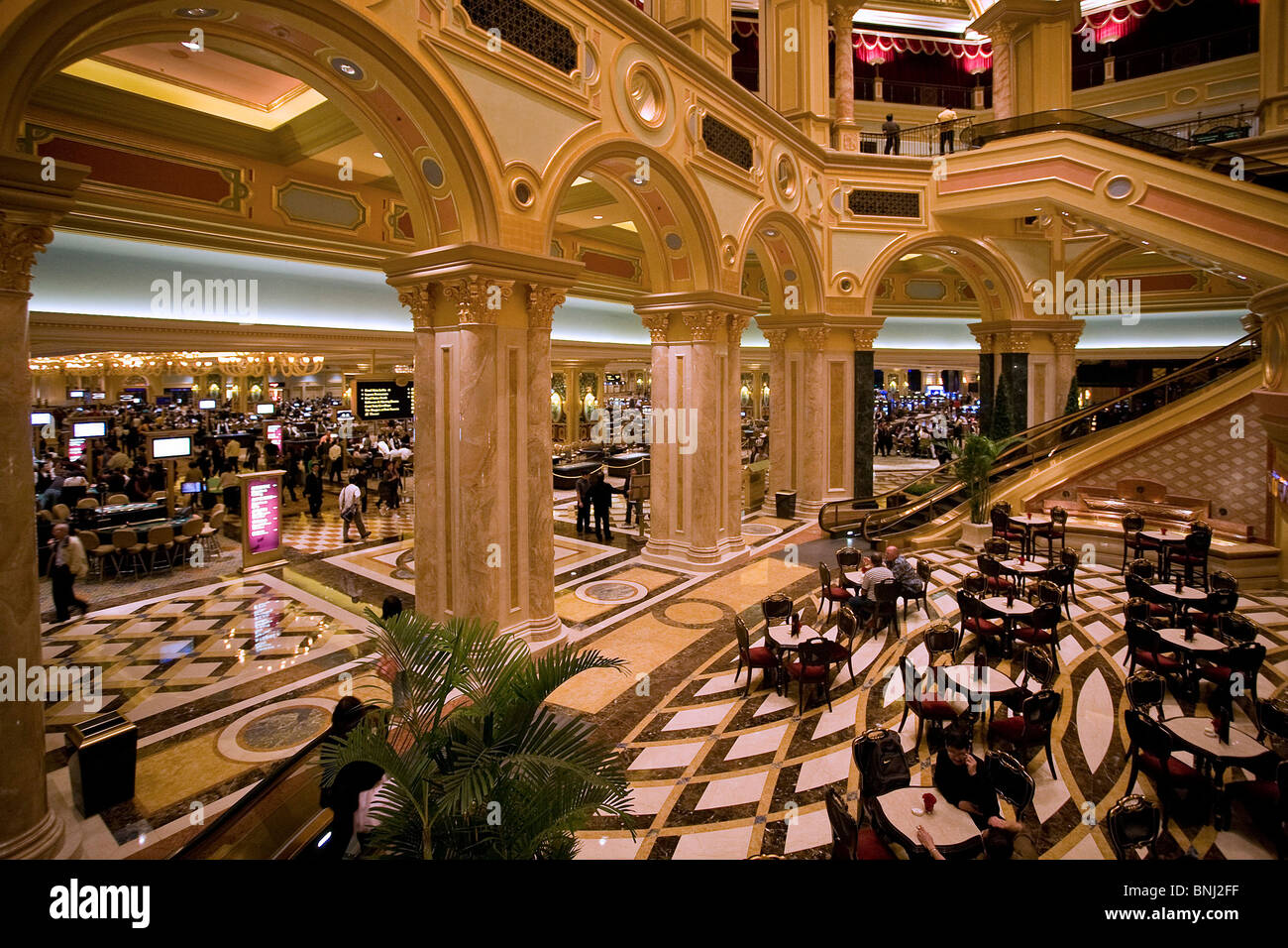 China Macao Macau Stadt schmückt das Venetian Casino Casino in Kurven Innendekoration Stockbild