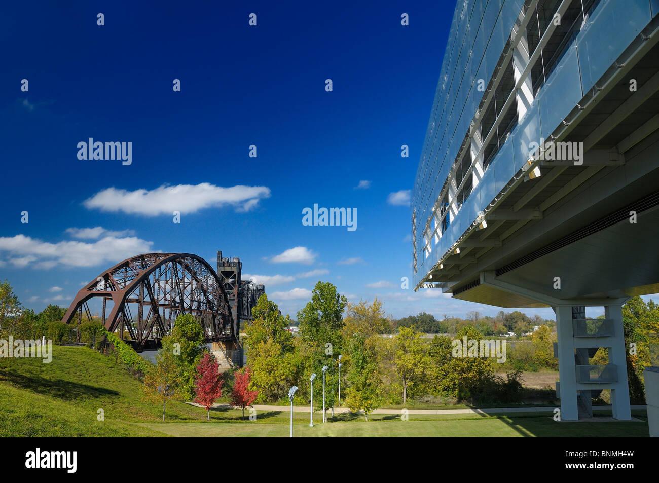 William J. Clinton Presidential Center & Park Bibliothek außen Little Rock Arkansas USA Park Bridge Architektur Stockbild