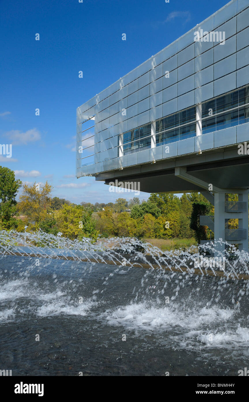 William J. Clinton Presidential Center & Park Bibliothek außen Little Rock Arkansas USA-Brunnen-Park-Architektur Stockbild