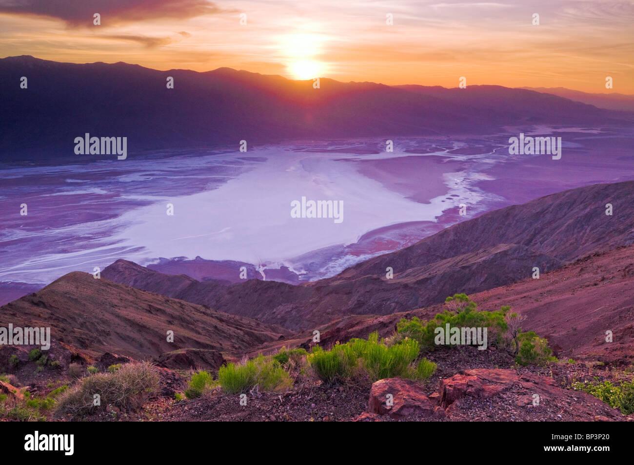Sonnenuntergang über Death Valley von Dantes View, Death Valley Nationalpark. California Stockbild