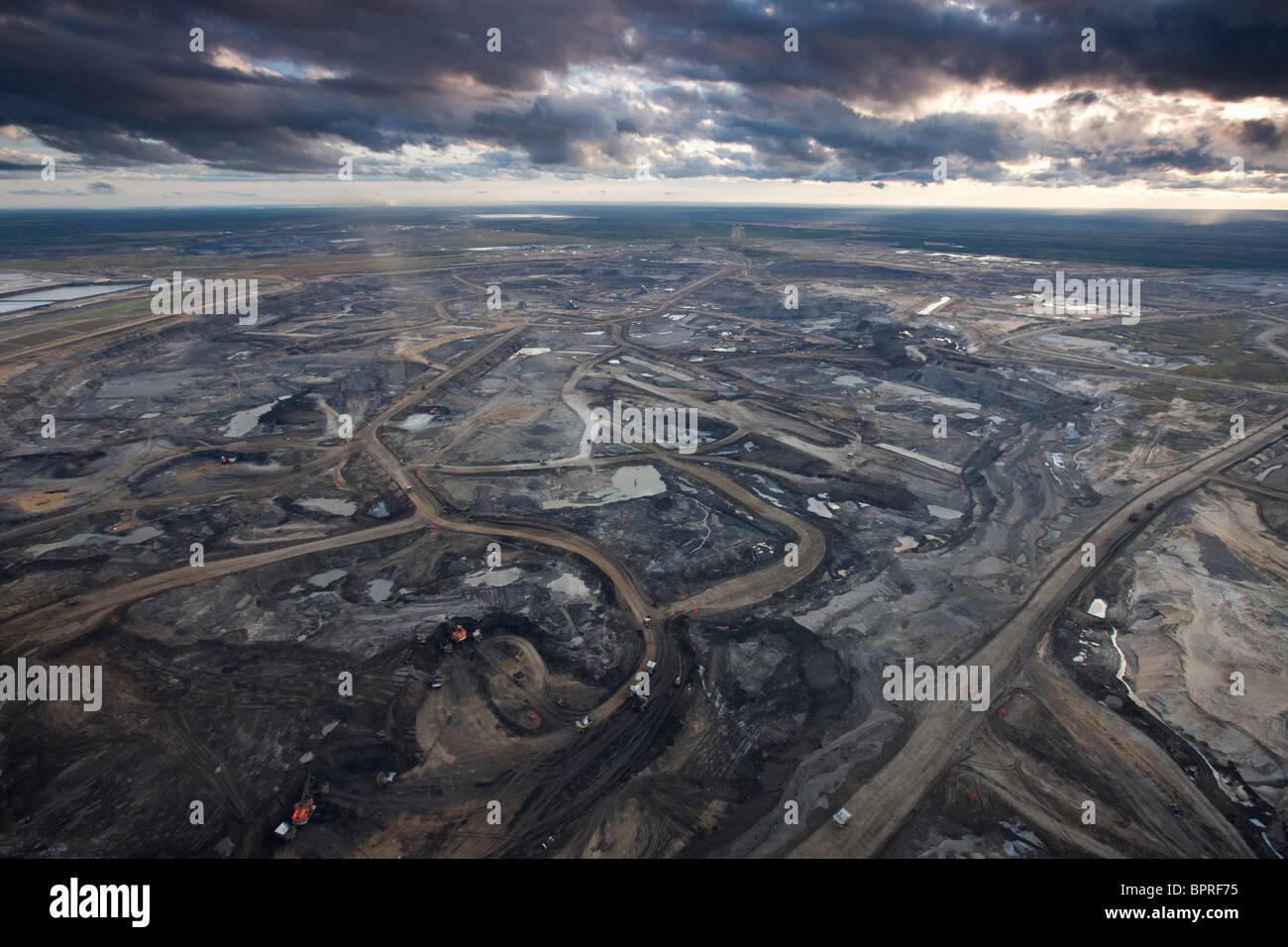 Syncrude Ölsand Aurora-Mine, Kanada. Stockbild