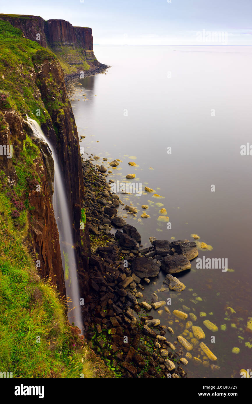 Mealt Wasserfall auf der Trotternish-Halbinsel auf der Isle Of Skye Stockbild