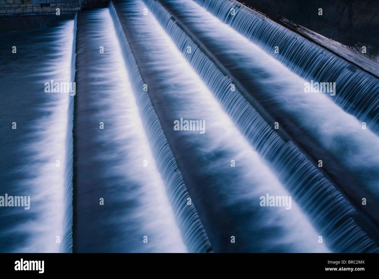 Wasserfall-Kaskade Stockbild