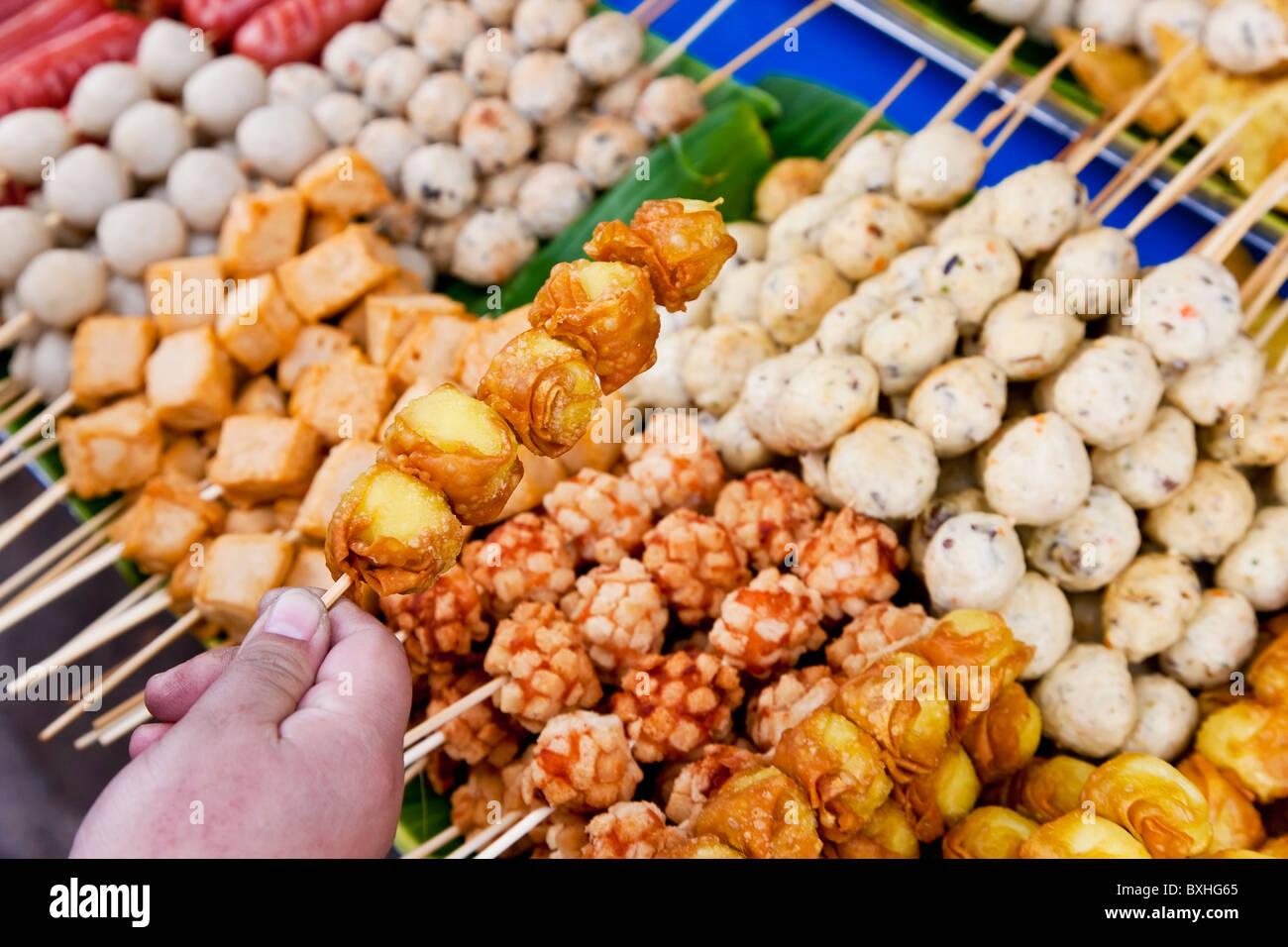 Thai Grill Futtersticks, Bangkok, Thailand Stockbild