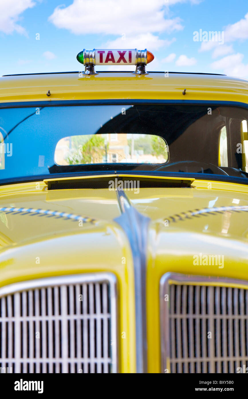 Gelbes taxi Stockbild