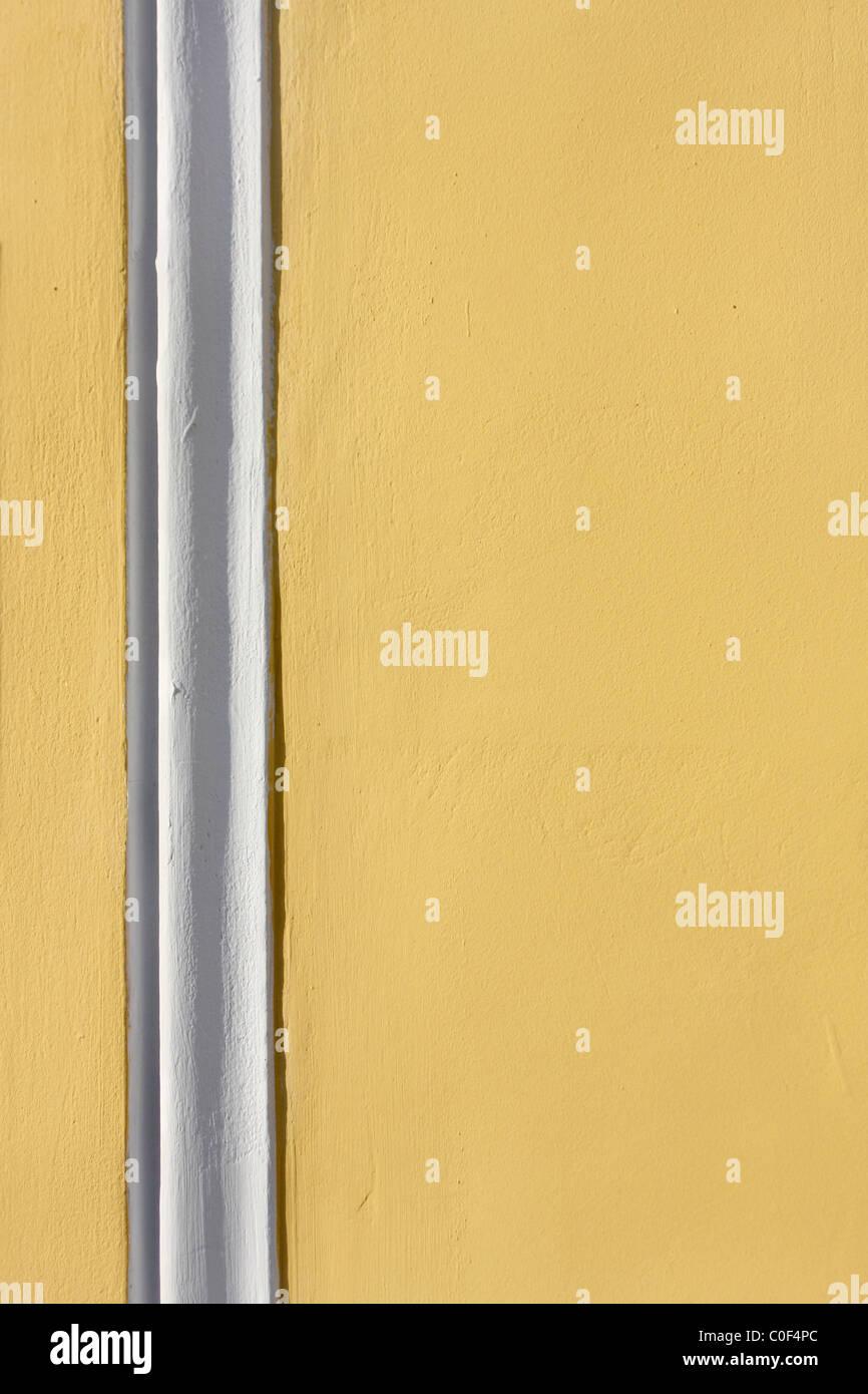 Putz Wand mit weißen Streifen Stockbild