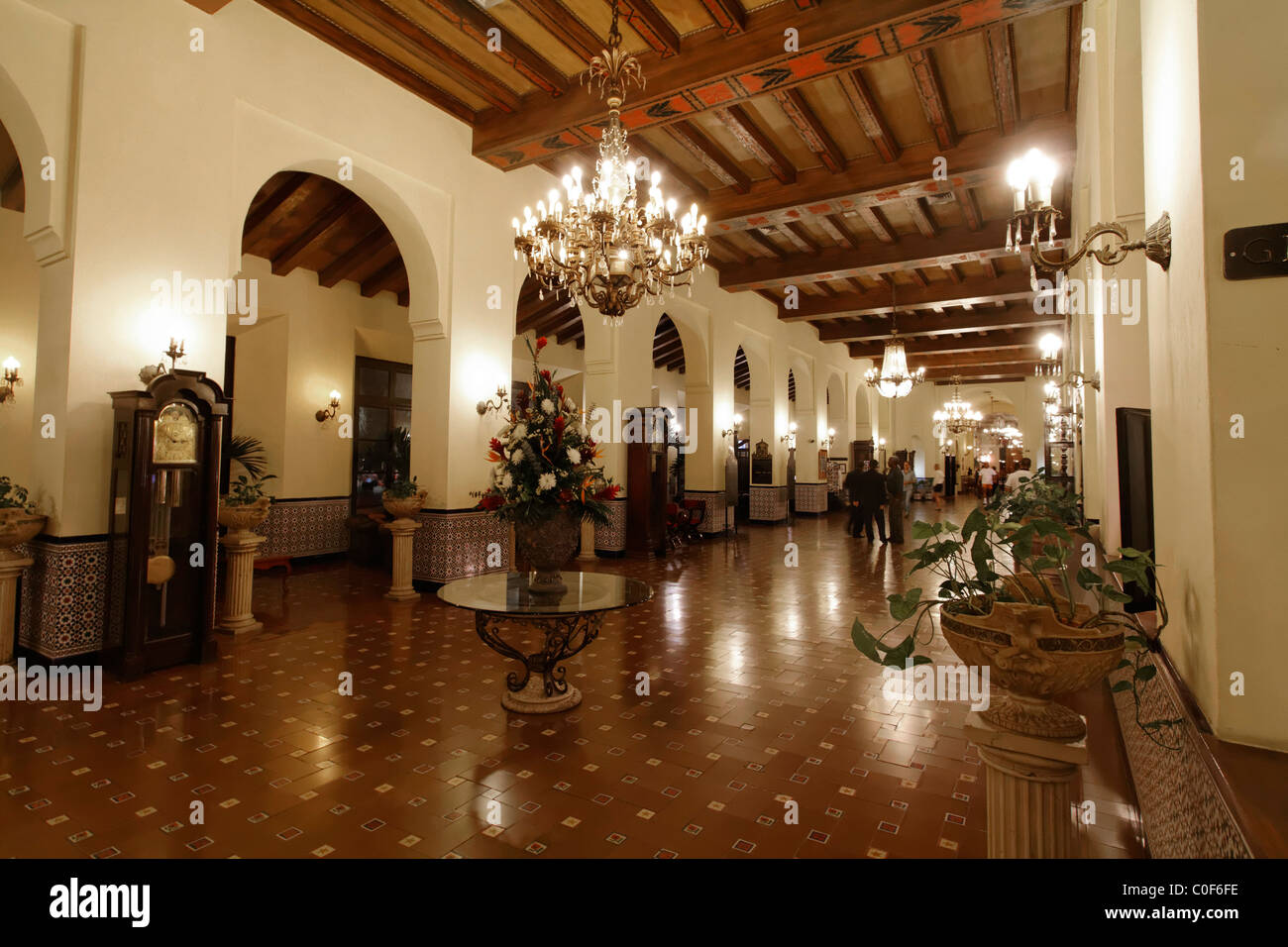 Hotel National Vedado, Lobby, Kuba Stockbild