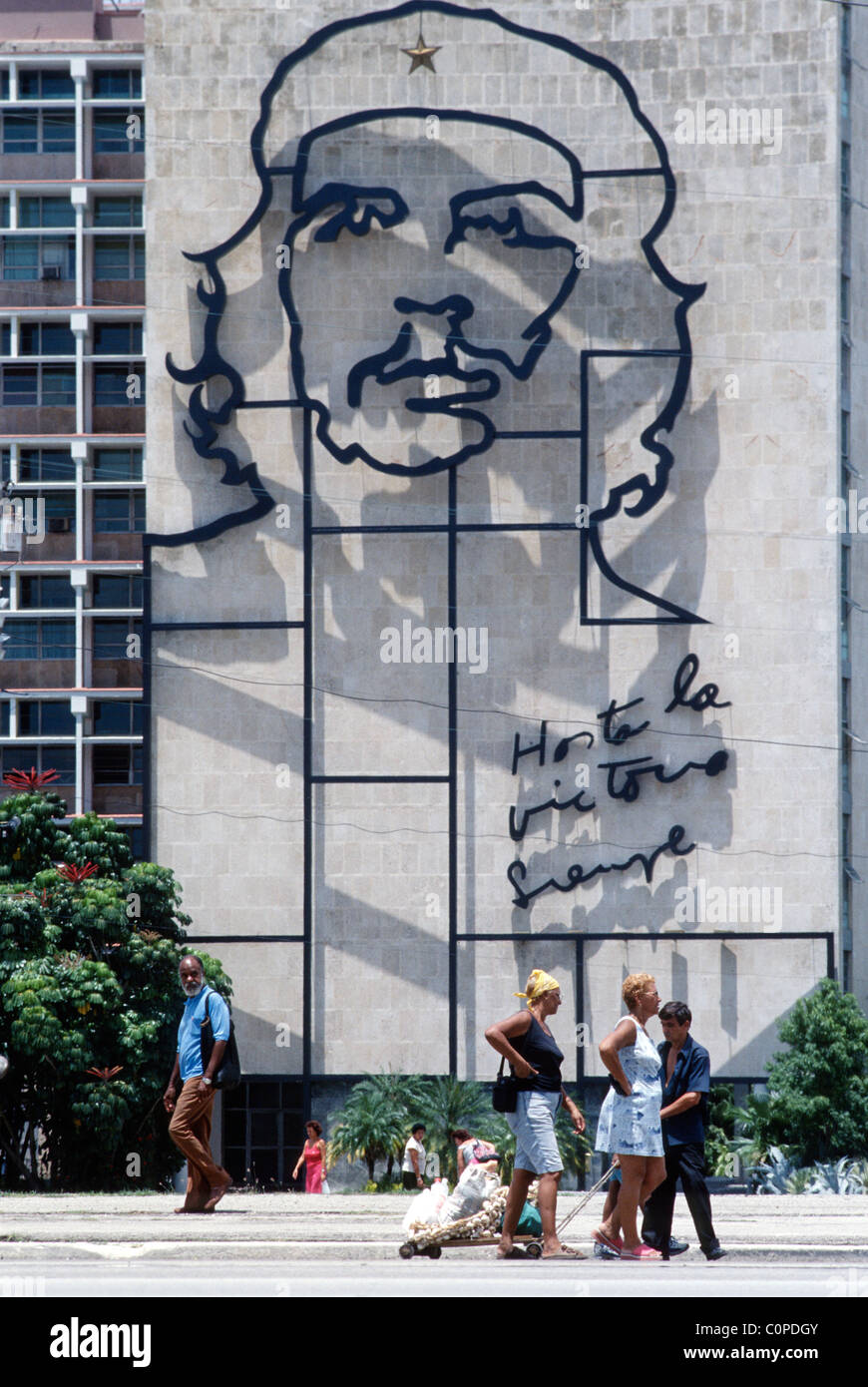 Havanna. Kuba. Das imposante Bild von Che Guevara an der Fassade des Ministeriums Gebäude des Innenministeriums, Stockbild
