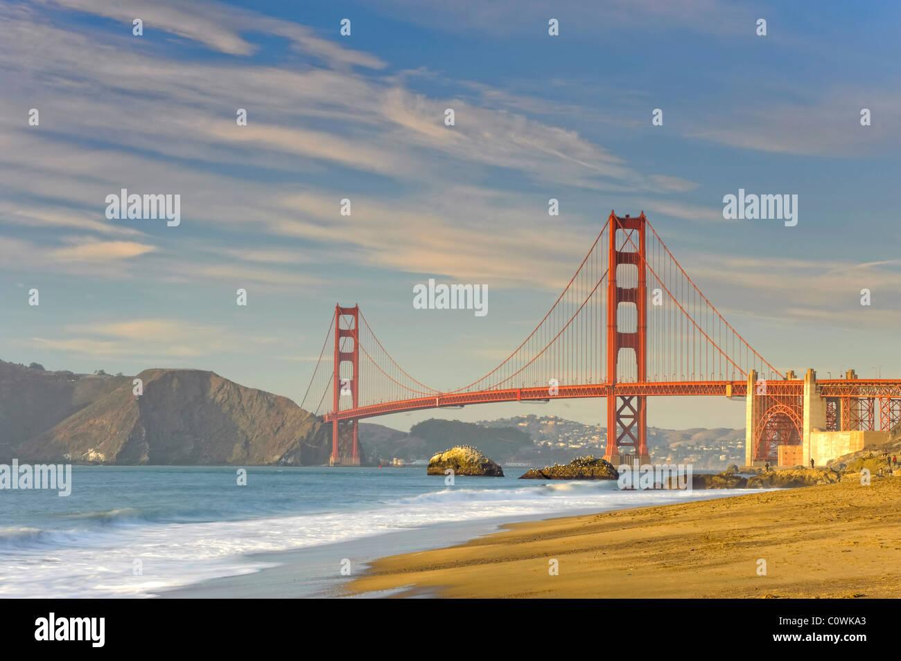 USA, California, San Francisco, Baker Beach und Golden Gate Bridge Stockbild