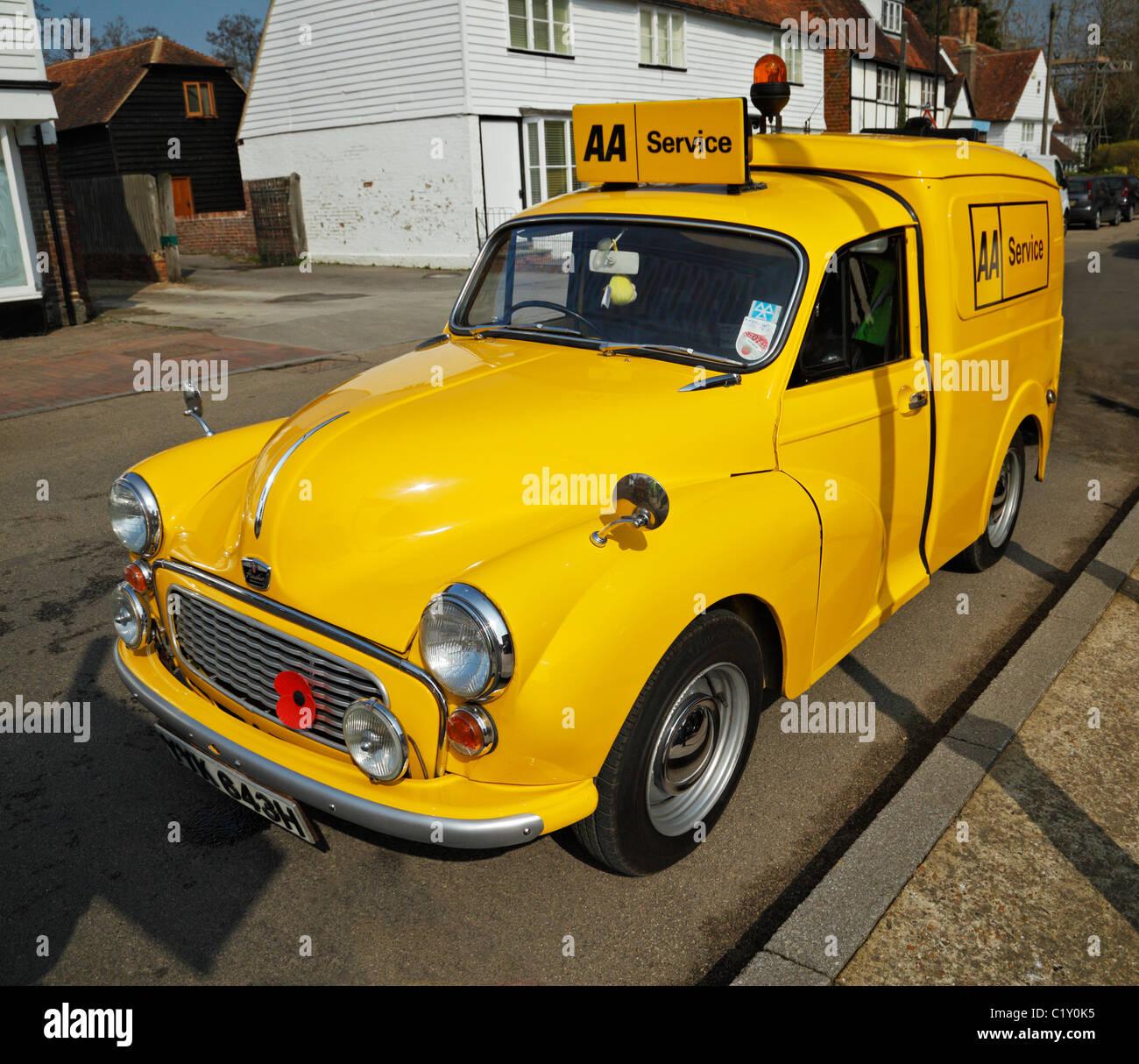 Vintage AA Austin Minor Van, im englischen Dorf Lamberhurst. Stockbild