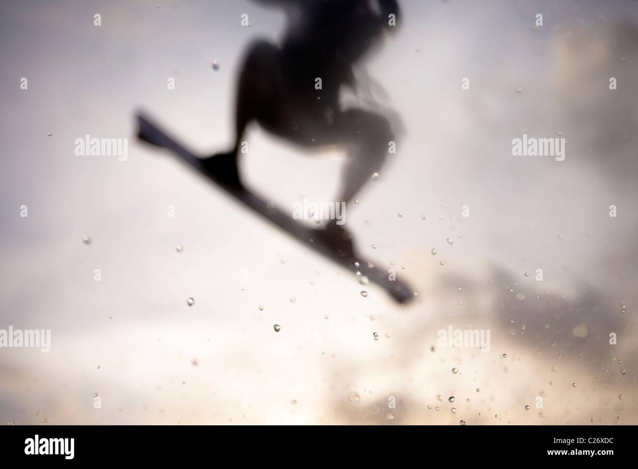 Kiteboarding Waimanalo @ Sunrise, weibliche, Nina, Airtime, springen Stockbild