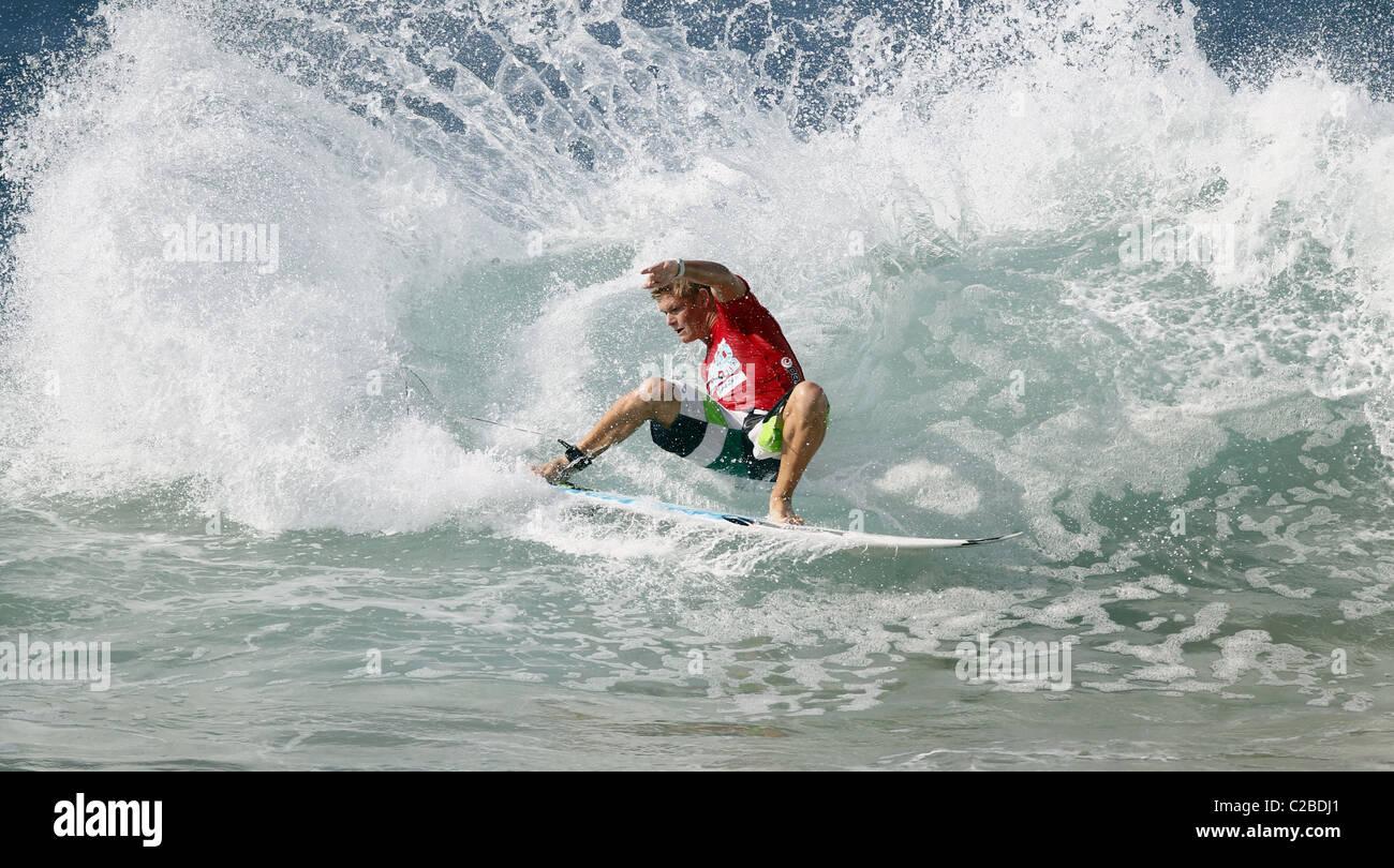 DALE Heftklammern südafrikanischen PRO SURFER südafrikanischen PRO SURFER BALLITO NATAL SOUTH AFRICA 8. Stockbild