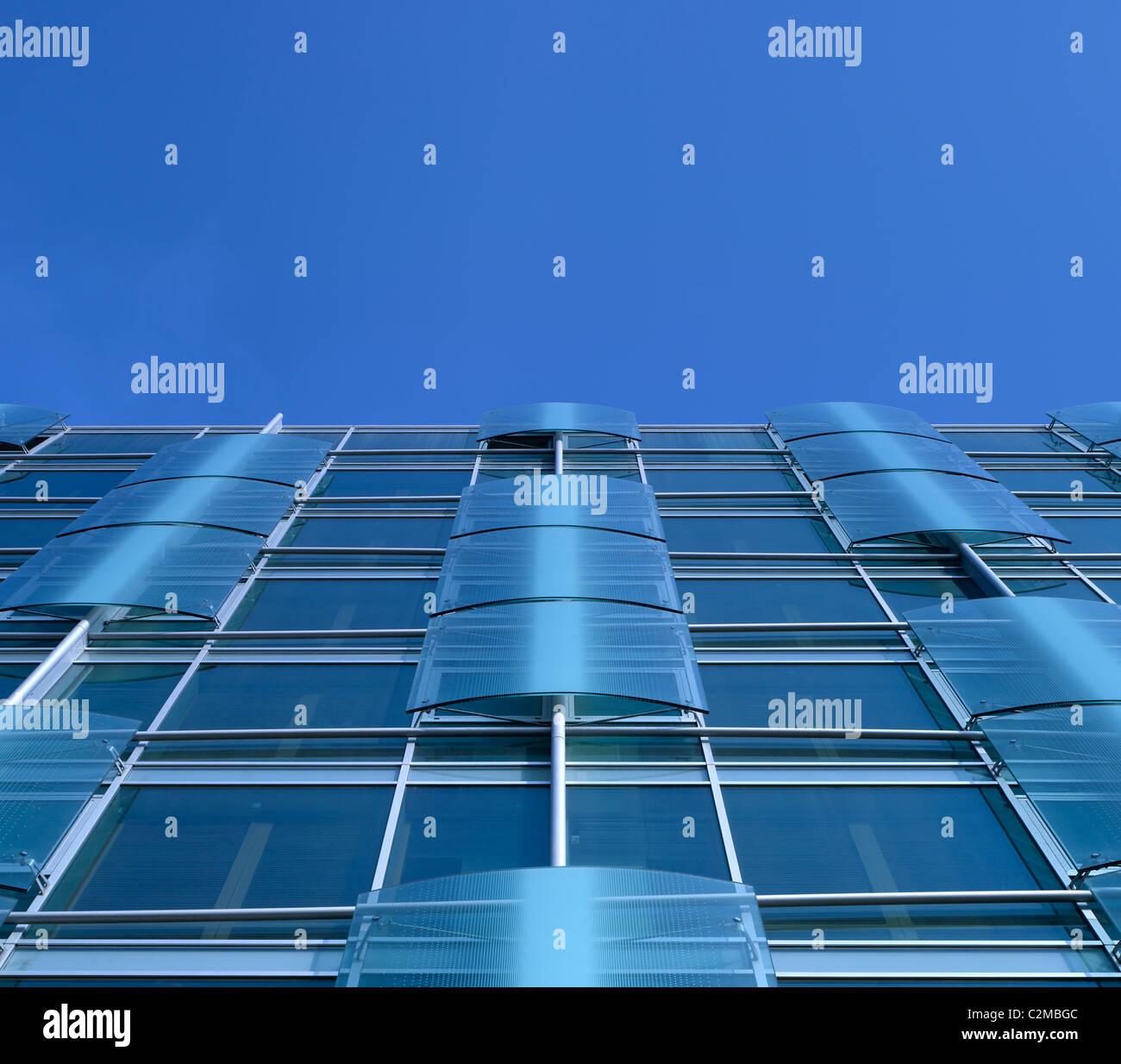Detail der Fenster des Neubaus Hotel Romeo, Naples. Stockbild