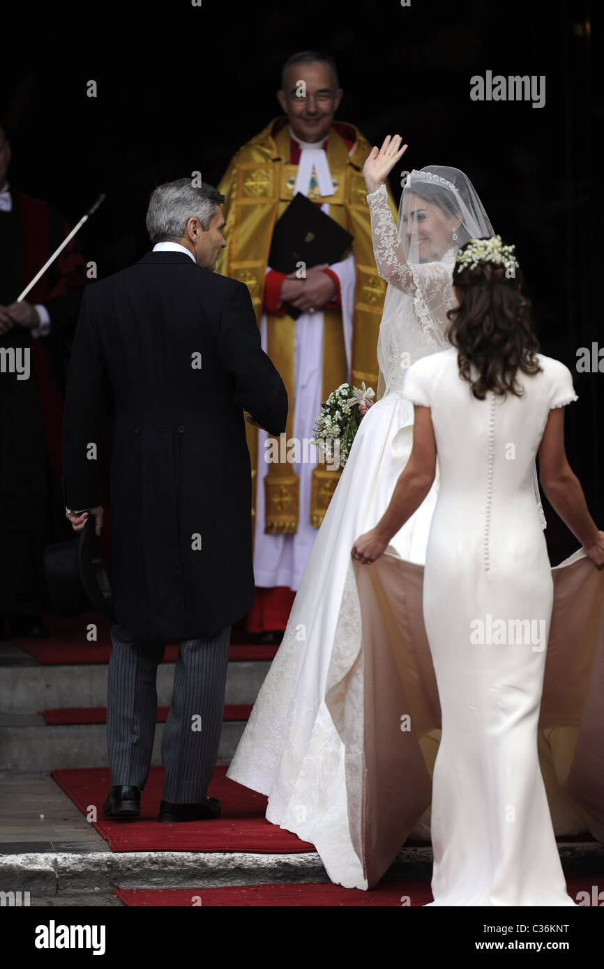 Die Hochzeit von Prinz William und Catherine Middleton. 29. April 2011. Kate Middleton betritt Westminster Abbey Stockbild