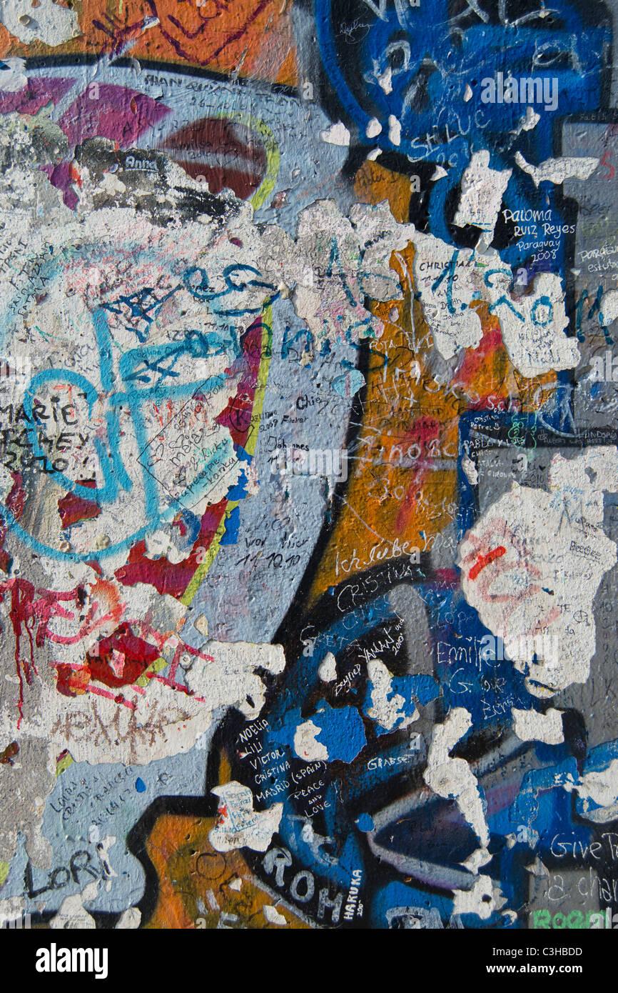Detail der Graffiti auf der Berliner Mauer Stockbild