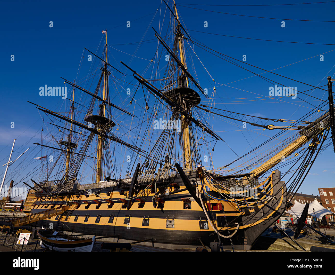 Admiral Lord Nelsons Flaggschiff HMS Victory in Portsmouth Harbour Stockbild