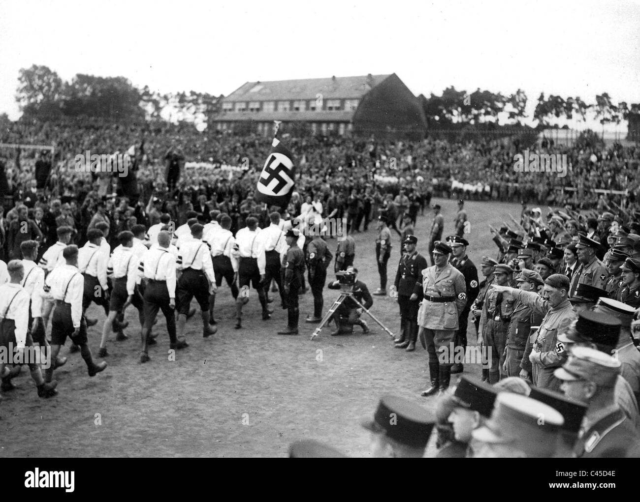 hitler 1932 stockfotos hitler 1932 bilder alamy. Black Bedroom Furniture Sets. Home Design Ideas