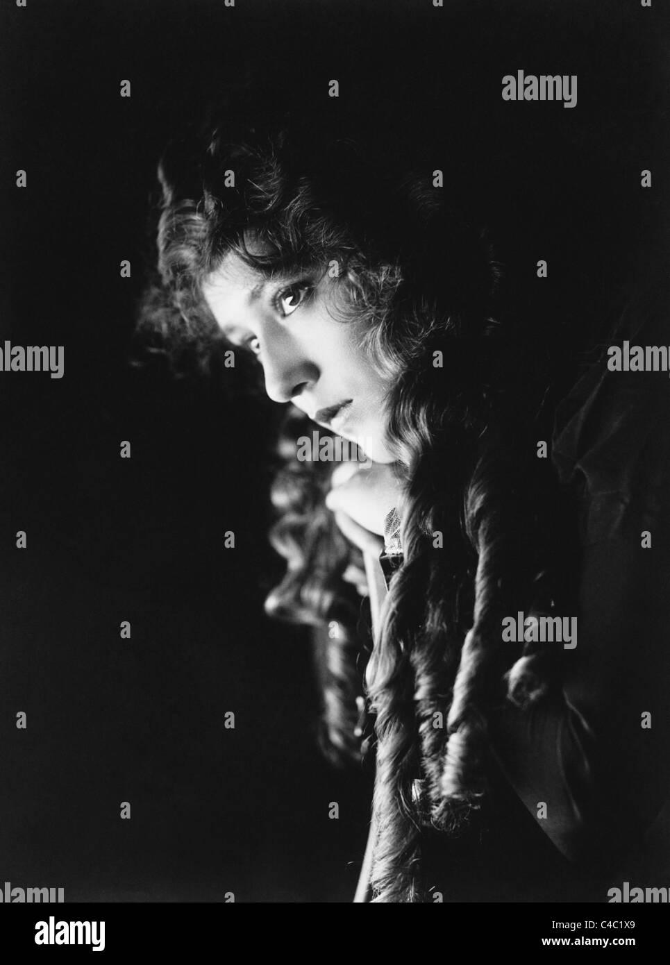 Vintage Portraitfoto ca. 1910er Jahre kanadischer Schauspielerin Mary Pickford (1892-1979). Stockbild