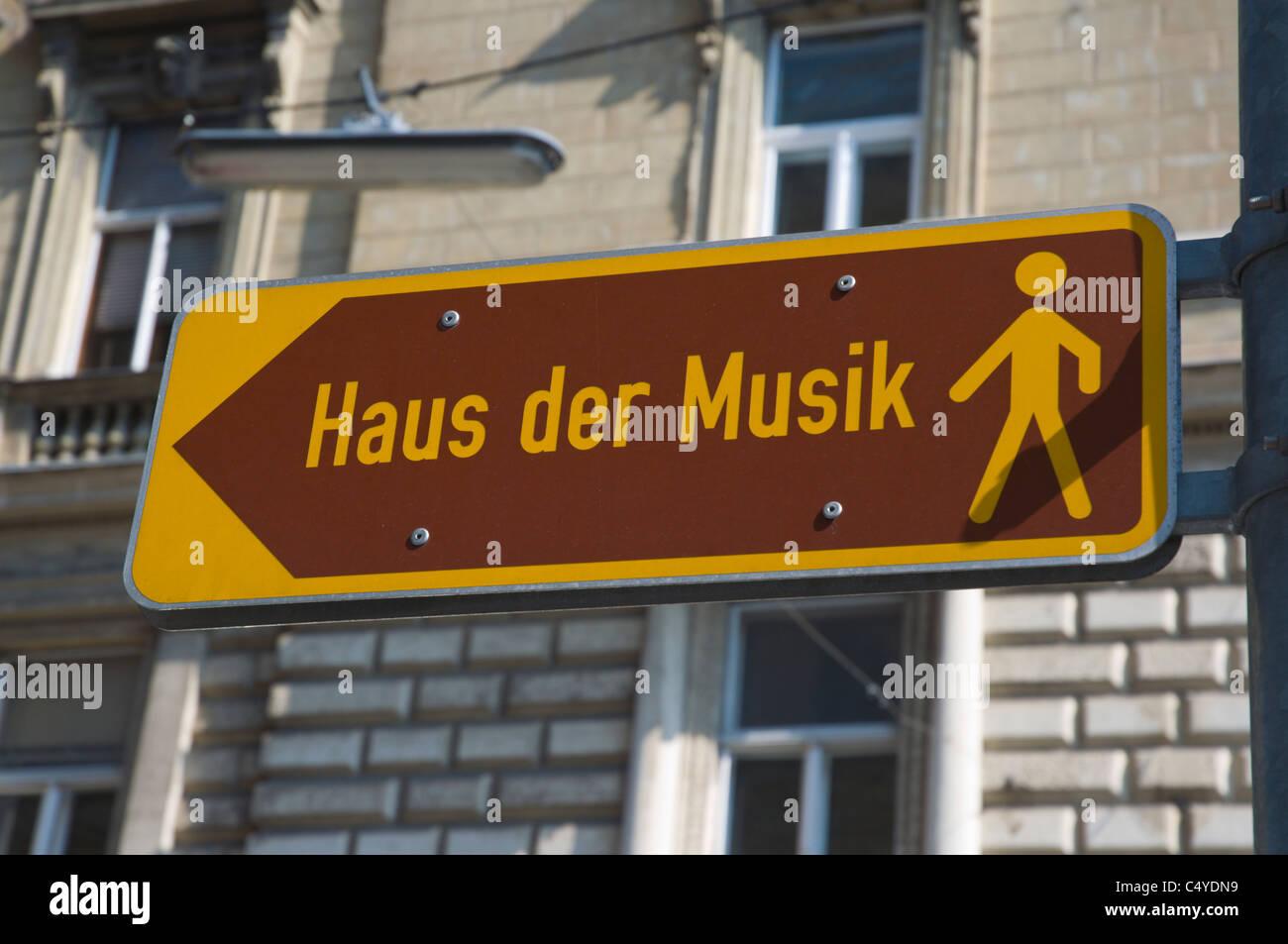 Haus der Musik Zeichen Vienna Austria Mitteleuropa Stockbild