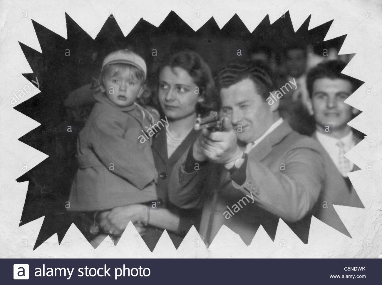 Familie im Lunapark, 50 s-60 s Stockbild