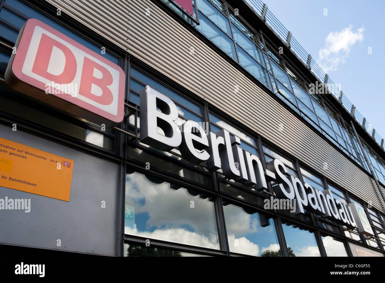 Deutsche Bahn Berlin Spandau Bahnhof, Deutschland Stockbild