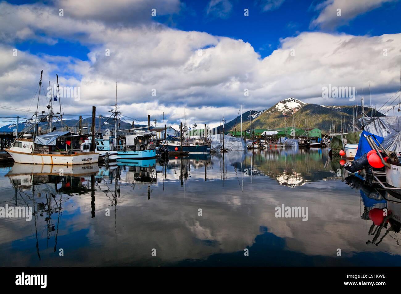 Angeln, Boote und Meer Schönheit Seafoods Cannery am Nordhafen, Petersburg, südöstlichen Alaska, Stockbild