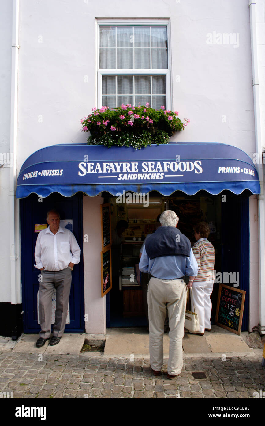 Seafayre Seafoods Sandwiches Bar im Quay Street Lymington Hampshire Stockbild
