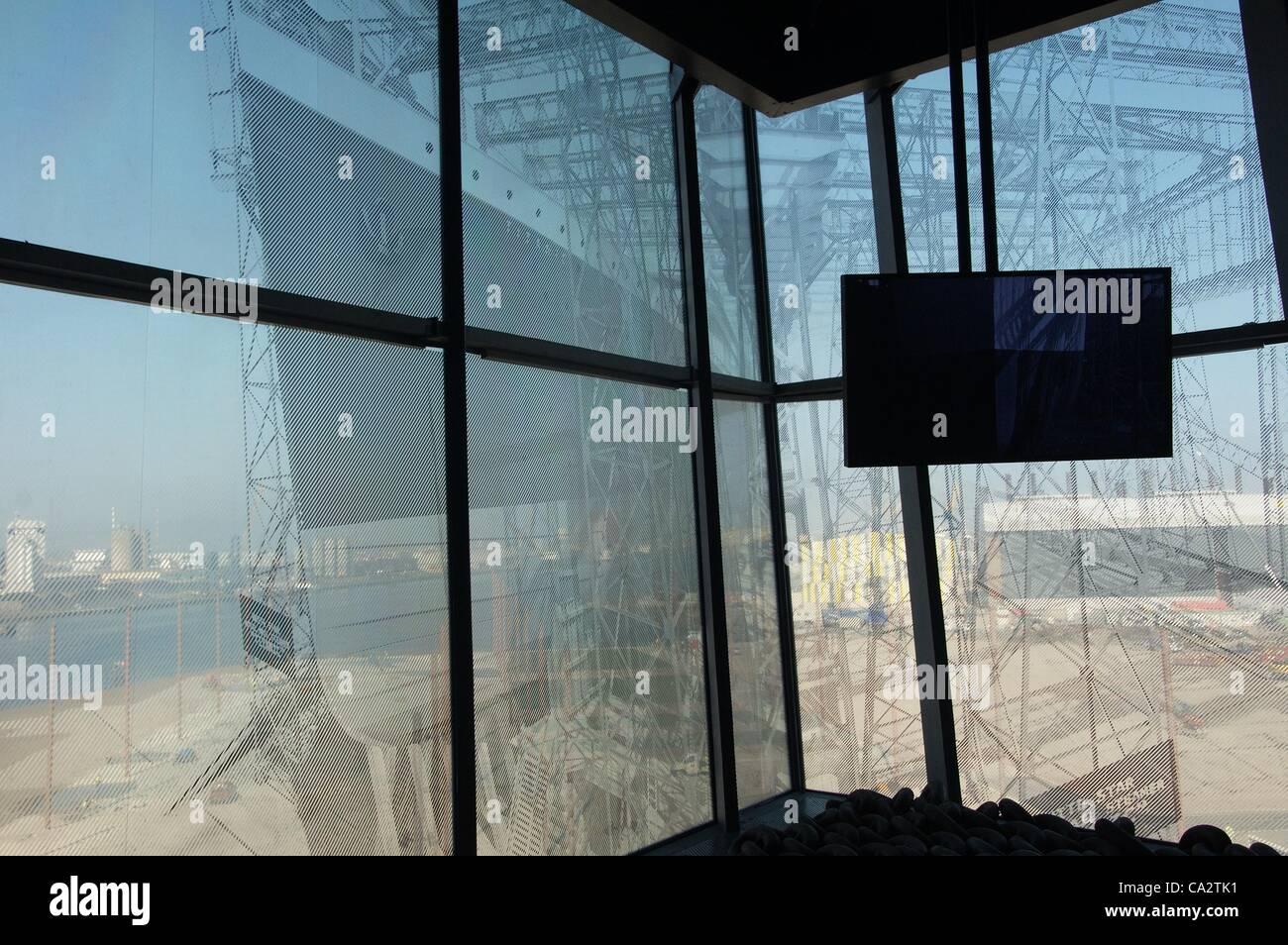 Ein Display zeigt die R.M.S. Titanic, wie es ausgesehen hätte, gebaut auf der ursprünglichen Werft in Stockbild