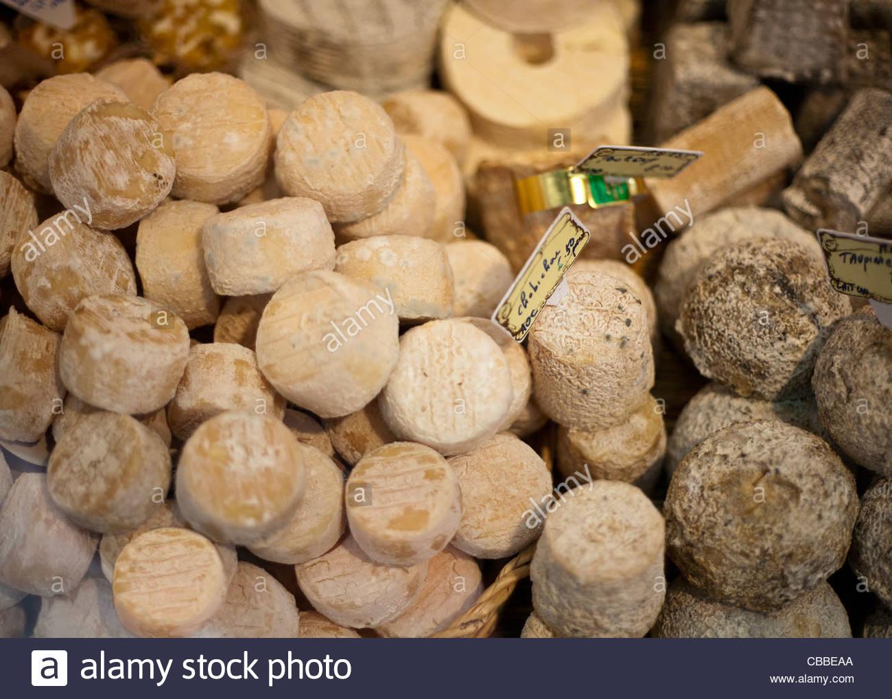 Käse zum Verkauf Stockbild