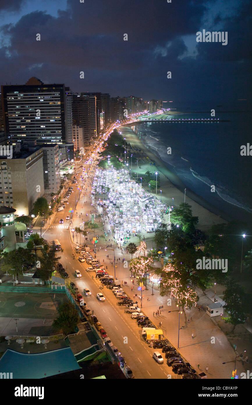 Fortaleza in Brasilien bei Nacht Stockbild