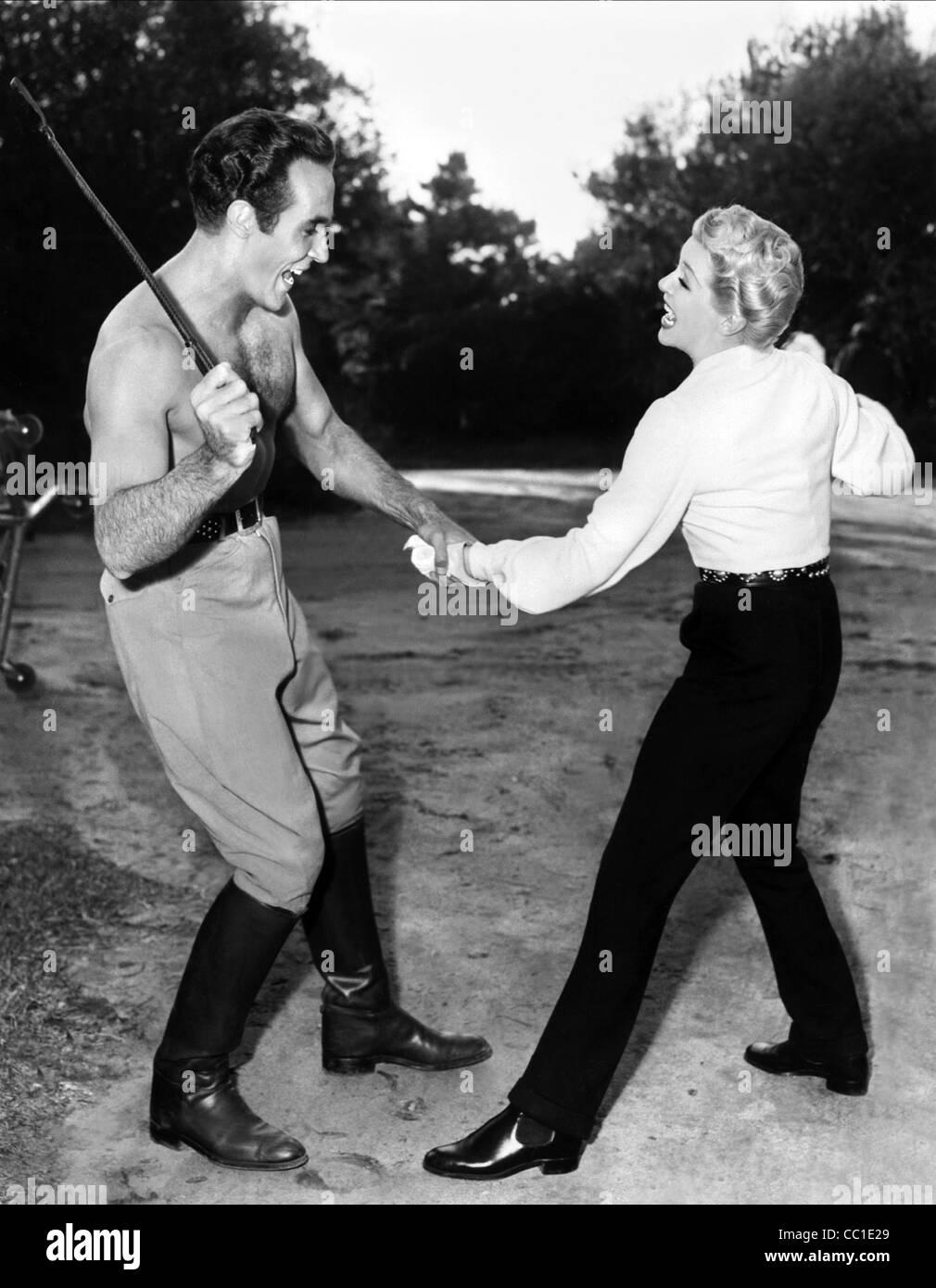 RICARDO MONTALBAN & LANA TURNER LATIN LOVERS (1953) Stockbild