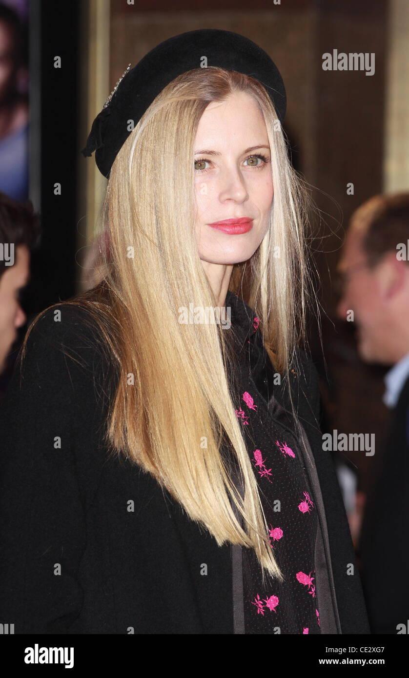 Laura Bailey Paul - UK Filmpremiere bei Empire Leicester Square - Ankünfte London, England - 07.02.11 statt Stockbild