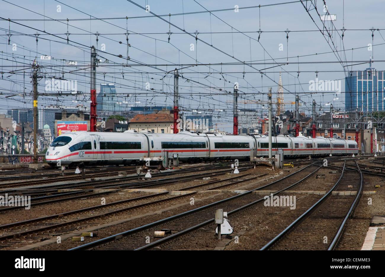 Deutsche Bahn ICE Zug Set, Brussel-Zuid, Belgien Stockbild