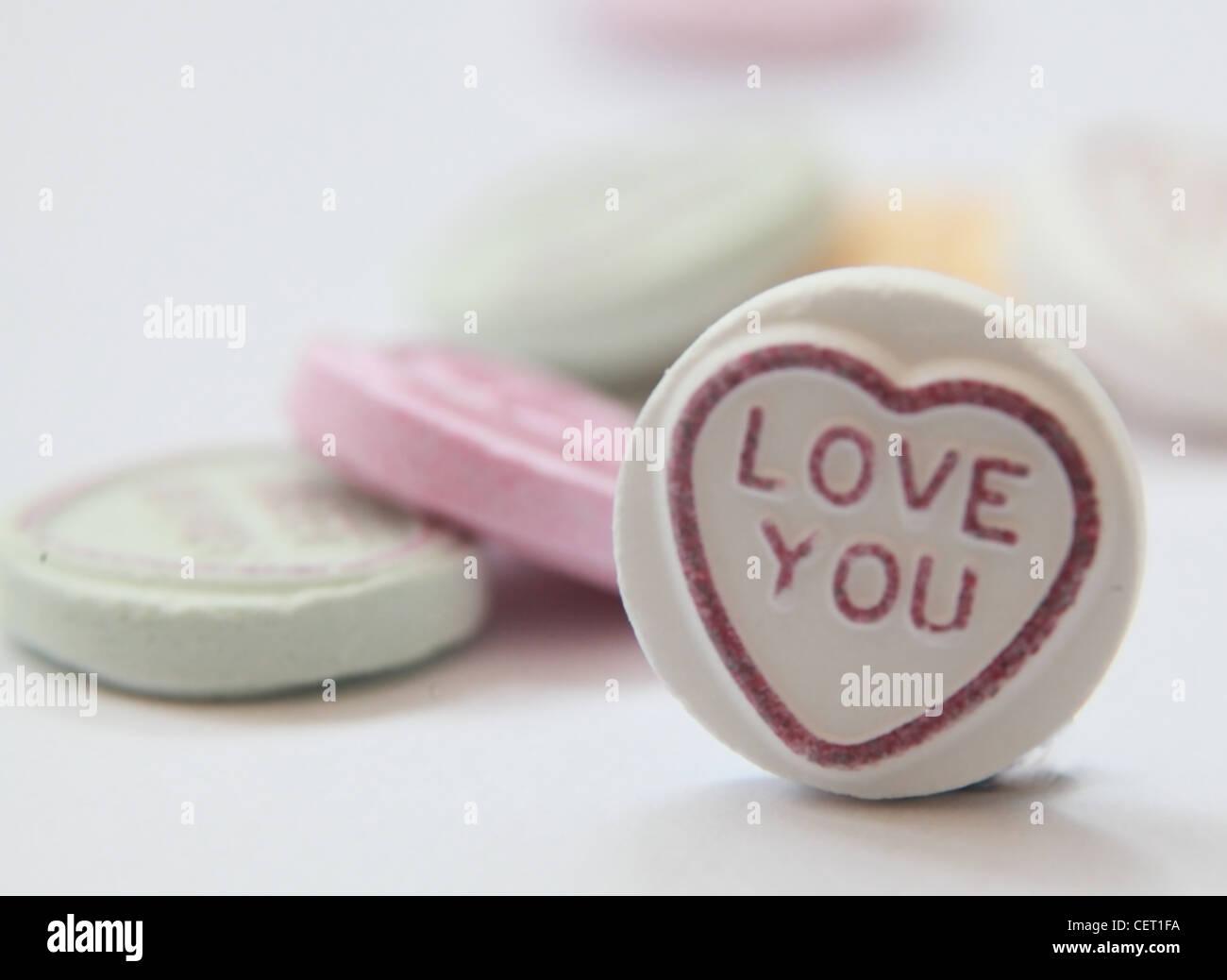 Laden Sie dieses Alamy Stockfoto Liebe Herzen, ich liebe Sie Focus Valentinstag Bild flach - CET1FA