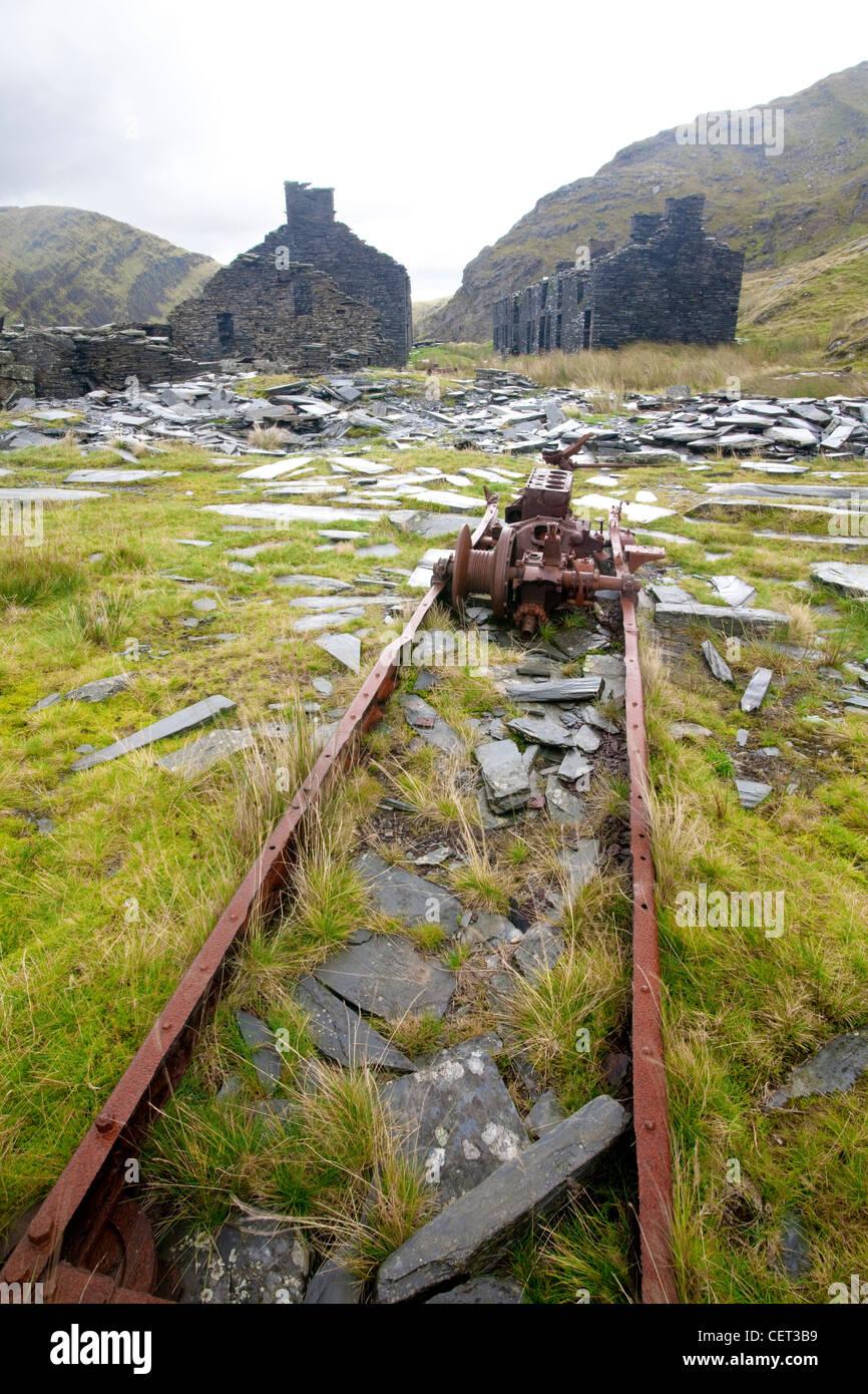 Die Überreste der verlassenen Rhosydd Schieferbergwerk hoch oben Llyn Cwmorthin mine und Blaenau Ffestiniog Stockbild