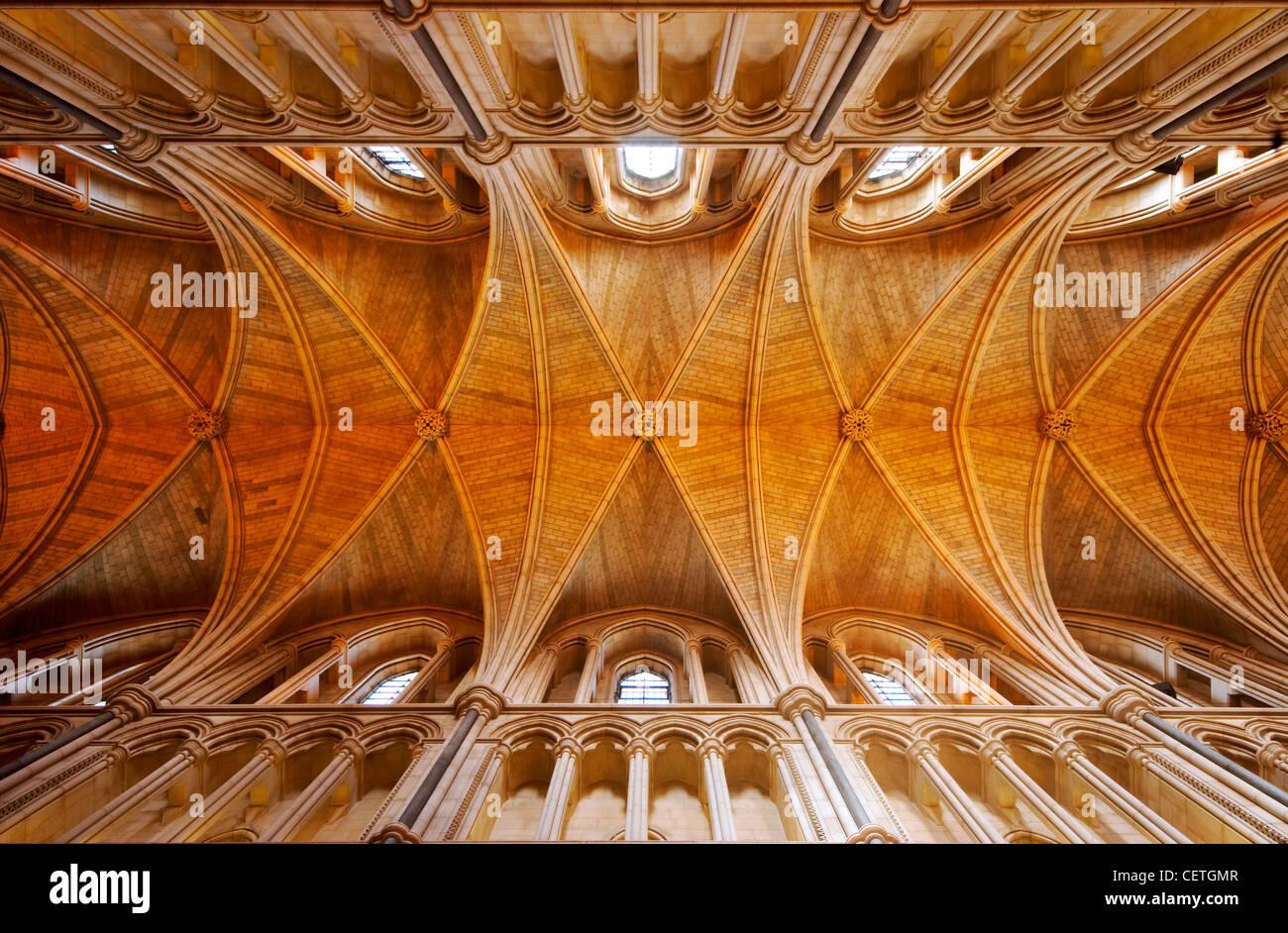 Die Decke der Southwark Cathedral. William Shakespeare wird geglaubt, um wann gewesen John Harvard, Gründer Stockbild