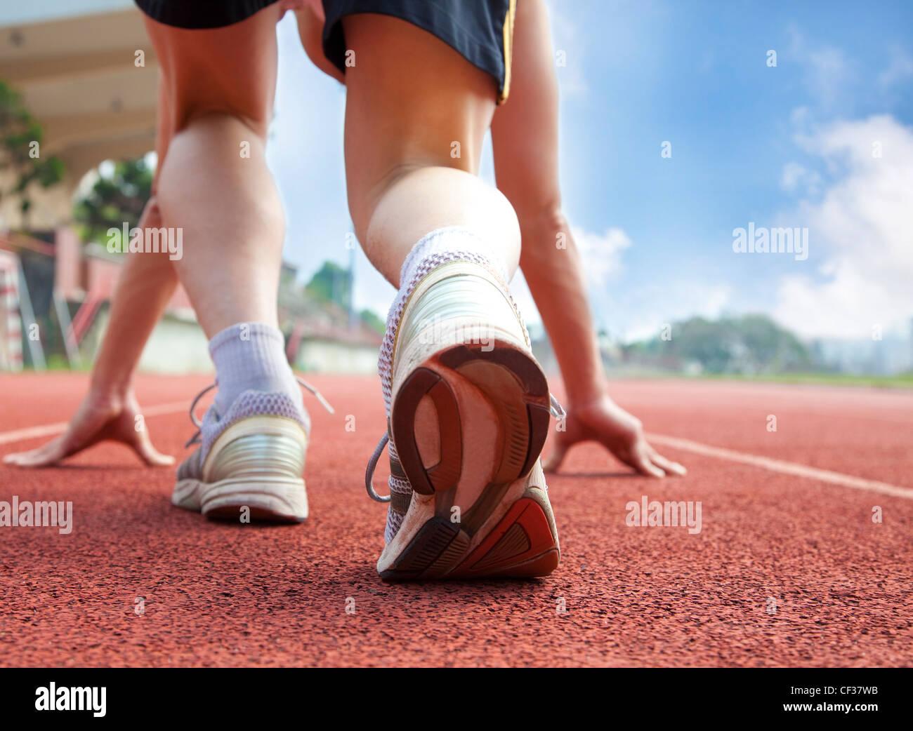Athlet bereit für Rennen Stockbild