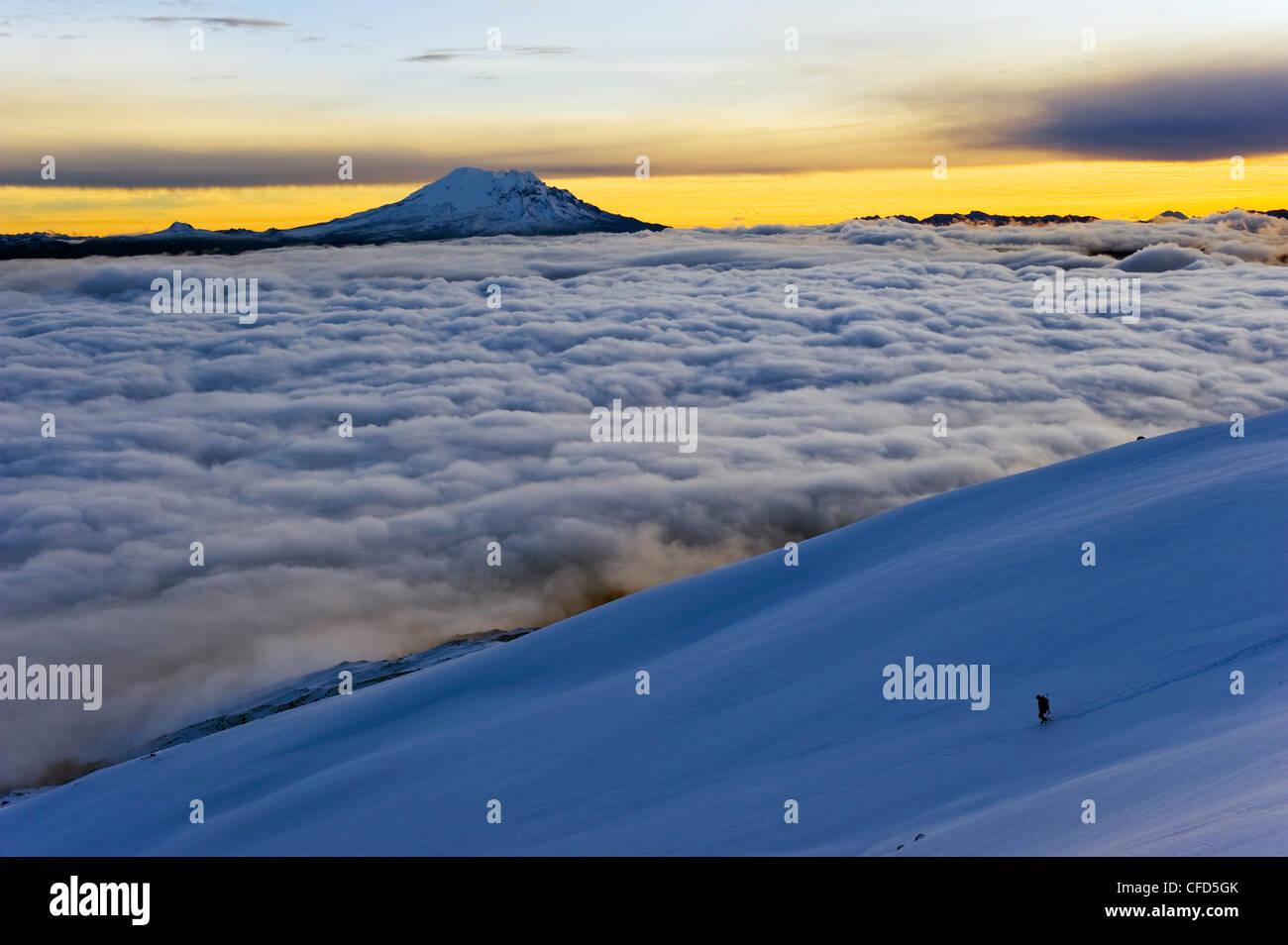 Blick vom Vulkan Cotopaxi, 5897m, der höchste aktive Vulkan der Welt, Ecuador, Südamerika Stockbild