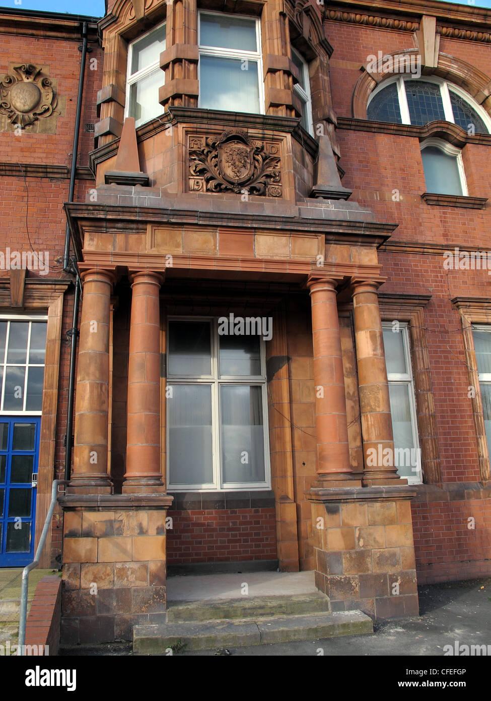 Laden Sie dieses Alamy Stockfoto Warrington Polizei-Hauptquartier in roten Mauerwerk, Cheshire Constabulary Force - CFEFGP