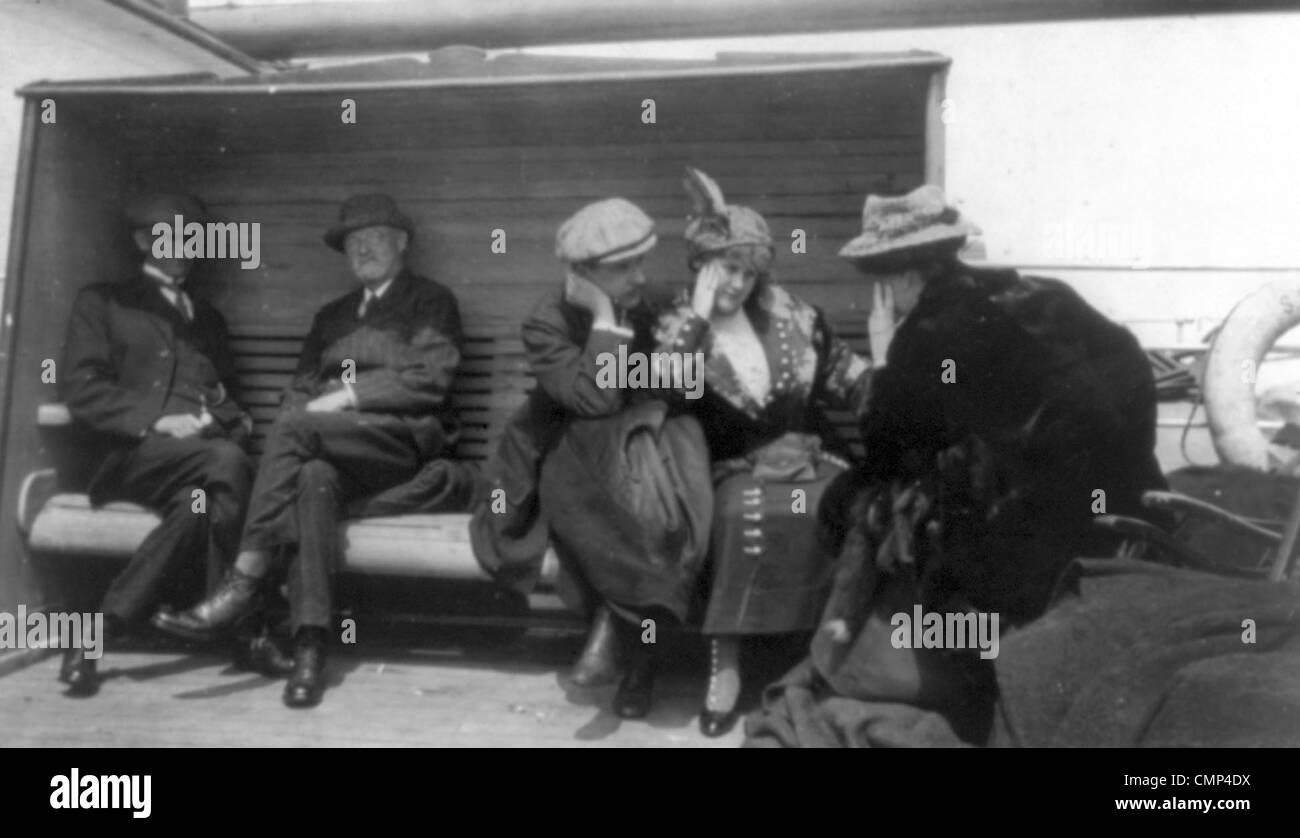 Titanic Überlebenden an Bord Rettung Schiff Carpathia Stockbild
