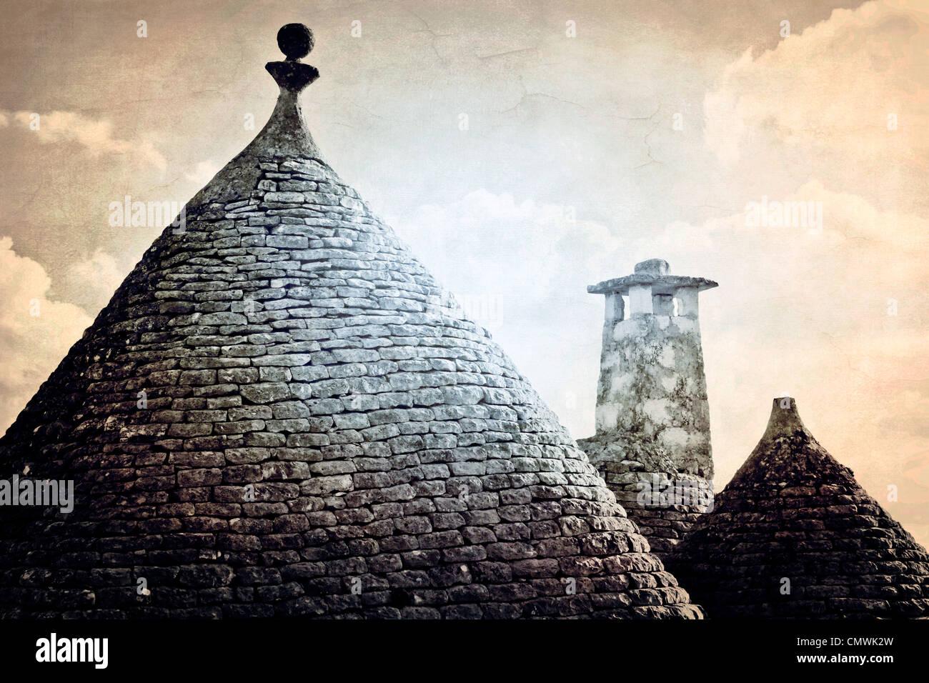 Dächer der Trulli - die typischen Häuser in Apulien Stockbild