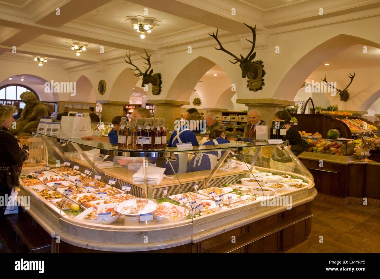 Dahlmeier Feinkost Shop, Kaviar, München, Deutschland Stockbild