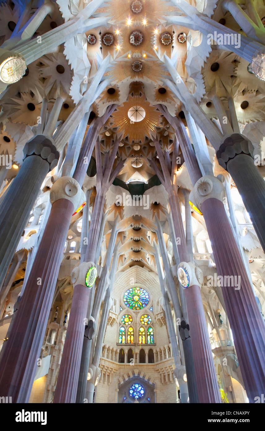 Innere der Sagrada Familia Gebäude Stockbild