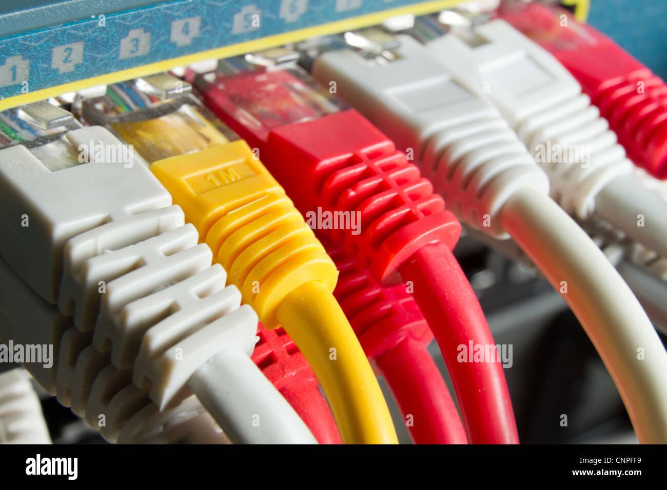 connected server stockfotos connected server bilder alamy. Black Bedroom Furniture Sets. Home Design Ideas